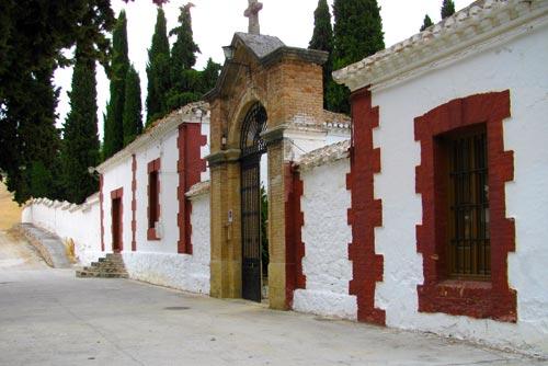 Fachada_Cementerio