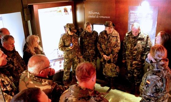 2015_Visita_Militares_003