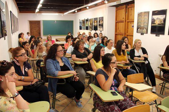 2015_curso_prevencion_ayuda_domicilio_002