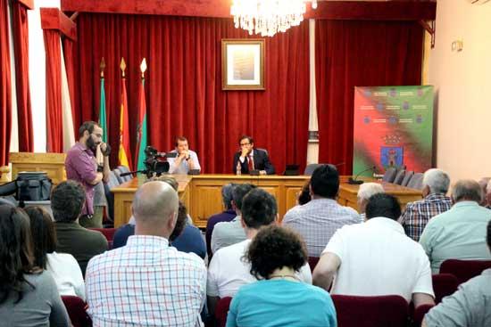 Exposicion_informe_aguas_termales_001